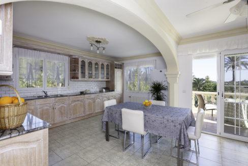 B Küche oben