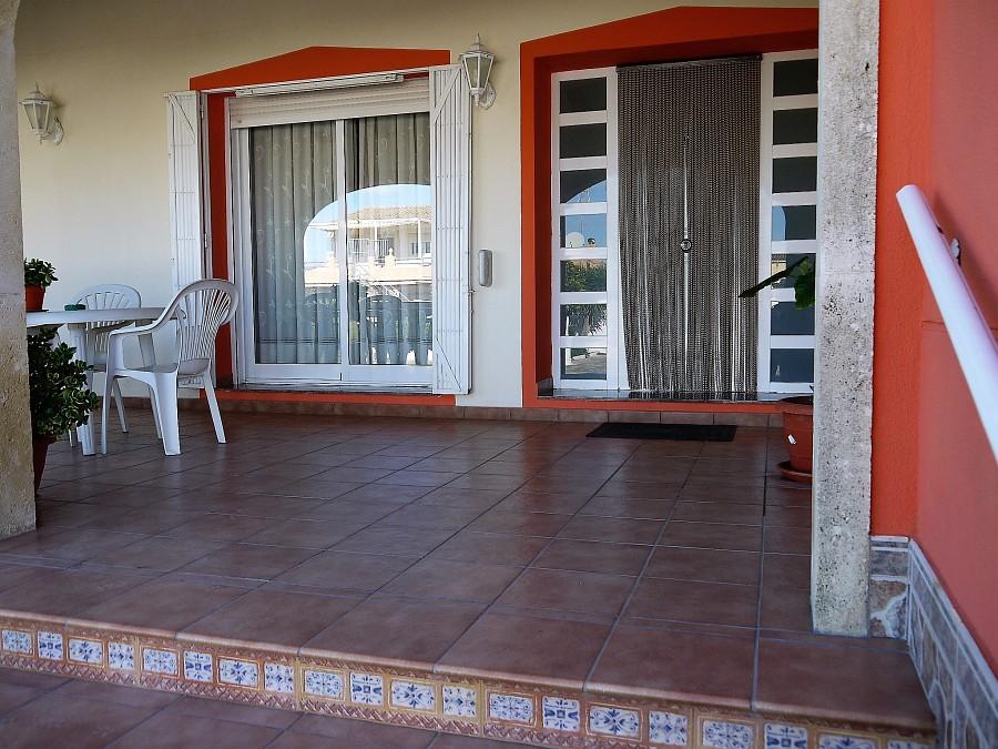 11 terrace-front